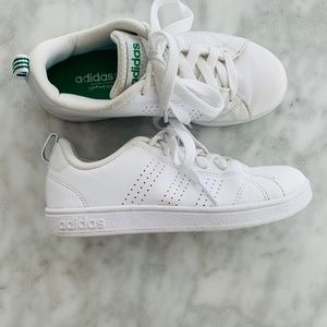 Adidas White Tennis Trainer Sneaker Shoe 13.5 GUC